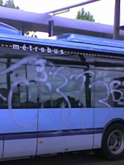 bus_6112.jpg