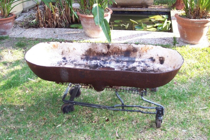 un barbecue g ant mobile. Black Bedroom Furniture Sets. Home Design Ideas