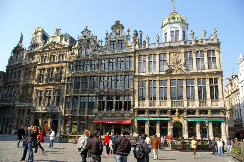 la grand place de bruxelles. Black Bedroom Furniture Sets. Home Design Ideas