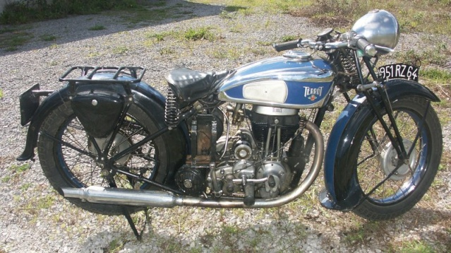 v twin d 39 avant guerre anciennes motos essais achats conseils les tr teaux forum motos. Black Bedroom Furniture Sets. Home Design Ideas