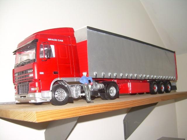 maquette camion 1 24. Black Bedroom Furniture Sets. Home Design Ideas