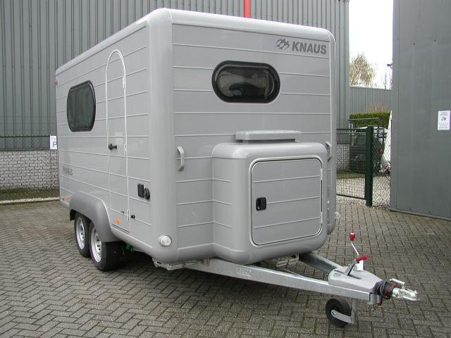 caravane sp cial motard. Black Bedroom Furniture Sets. Home Design Ideas