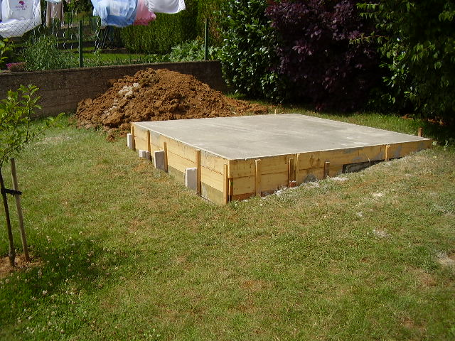 besoin d 39 id e pour amenager autour de mon abris de jardin au jardin forum de jardinage. Black Bedroom Furniture Sets. Home Design Ideas