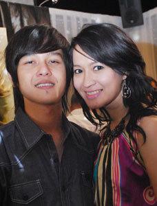 Okie Agustina & Phewe Tahta - Satu Nada Dalam Cinta