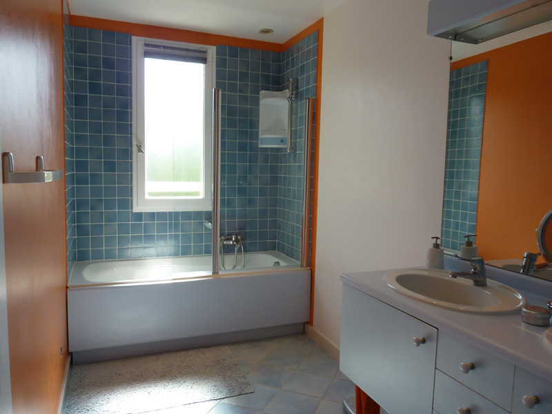 Salle de bain aide r fection de ma salle de bain urgent - Cout refection salle de bain ...